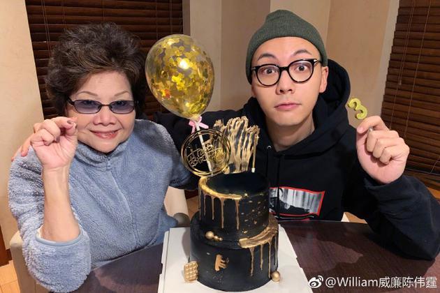 陈伟霆与妈妈
