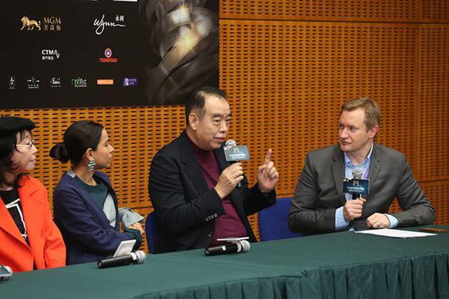 陈凯歌寄语新晋导演。