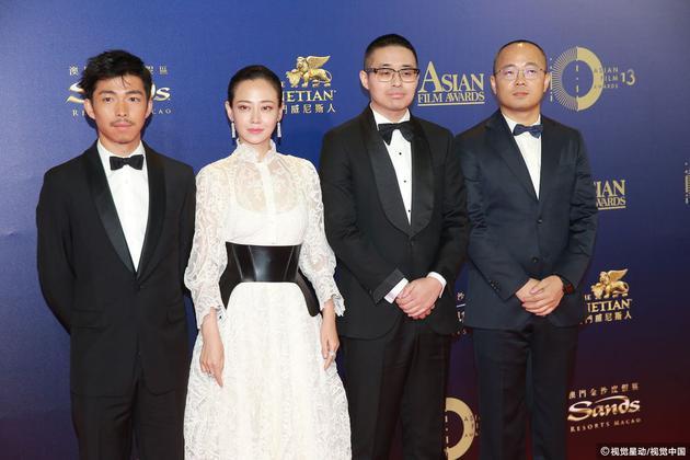 《我不是药神》剧组亮相亚洲电影大奖