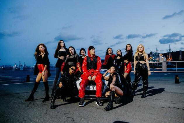 周汤豪MV邀请十位女模入镜