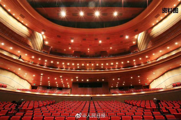 文旅部:剧院等演出场所观众人数不得超座位数50%