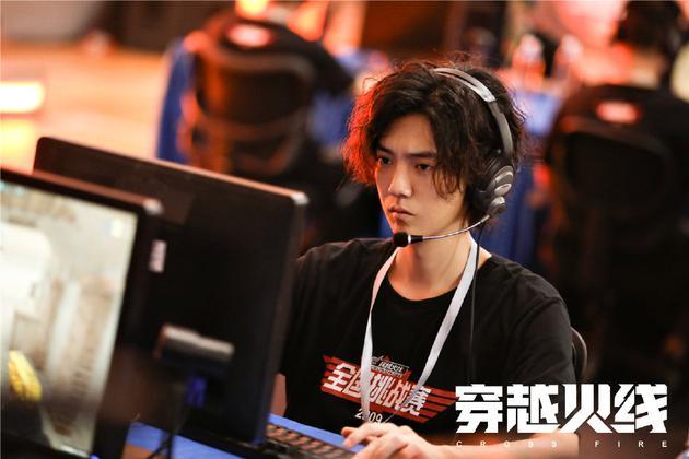 导演许宏宇:我不玩《穿越火线》 我想拍的是人生