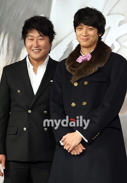 是枝裕和首度执导韩国电影 宋康昊姜栋元携手出演