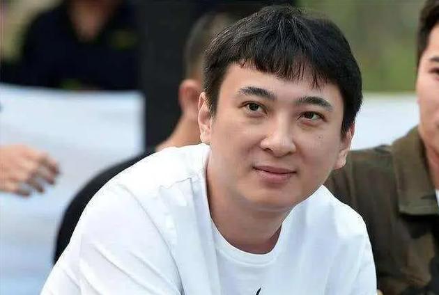 杠上了?王思聪又双叒点赞网友吐槽鞠婧祎微博