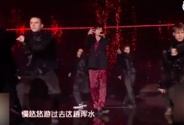 蔡徐坤新歌首曝光 炫酷开唱用歌曲回应争议