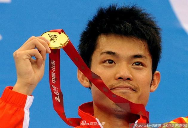 中国羽毛球队同意林丹退役申请结束20年国手生涯