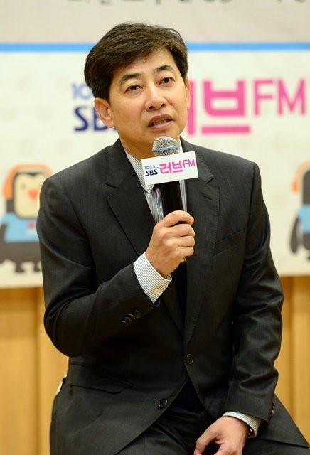 韩SBS新闻主播偷拍女性下半身被抓 被立案后辞职