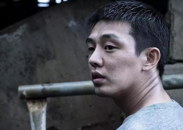 朱一龙欣赏同样身为演员的刘亚仁