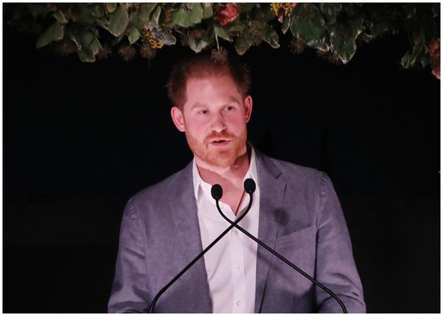 哈里首度开腔,谈及淡出王室决定