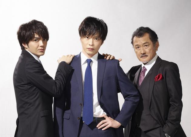 田中圭(中)、吉田鋼太郎(右)、林遣都(左)迴歸影版