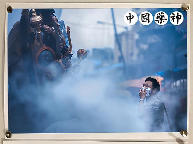 摄影师解读《药神》:喷药和佛像戏是全片气口
