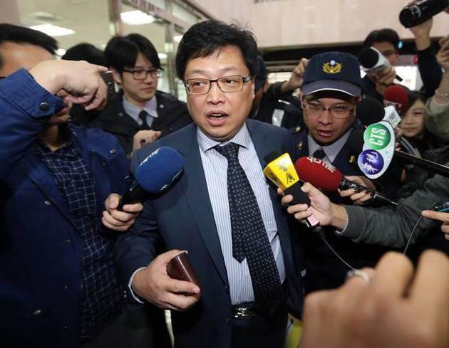 律师胡原龙