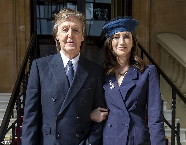 保罗·麦卡特尼和妻子南茜