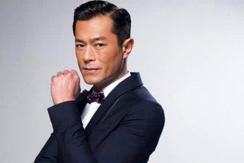 古天乐给香港底层演员发抗疫基金众人晒支票感谢