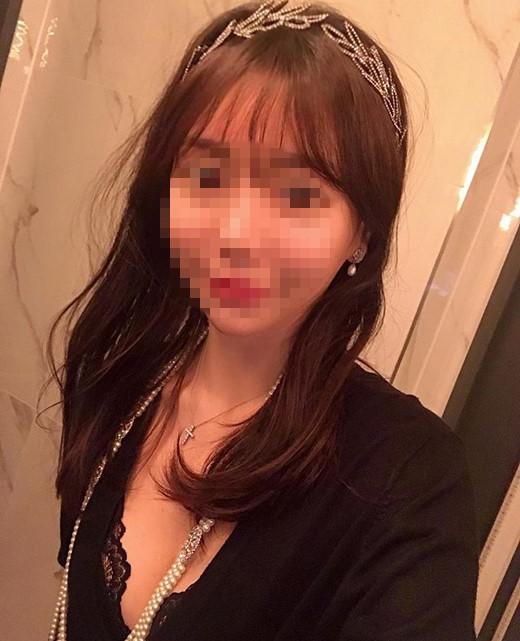 朴有天前女友黄荷娜被求刑有期2年 当庭读忏悔书