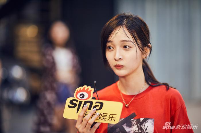 """吴宣仪向小浪提起""""谎报年龄""""事件(新浪娱乐,摄影/宫德辉)"""