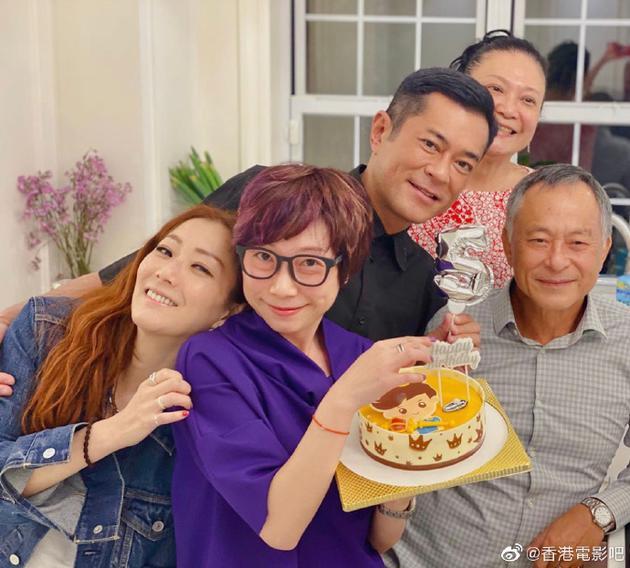 每一年必聚!郑秀文杜琪峰为古天乐庆50岁诞辰