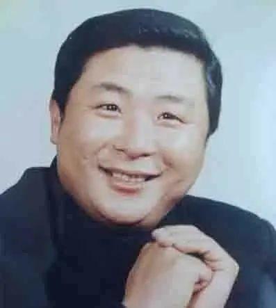 沈阳相声名家陈连仲逝世 演员范伟是其徒弟