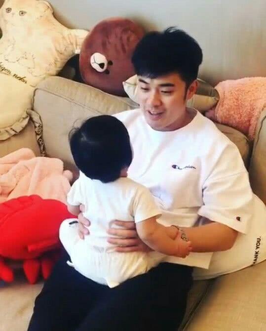 陈赫和女儿