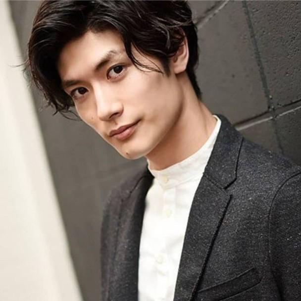 2日本男星三浦春马,7月18日被发现在家中上吊身亡
