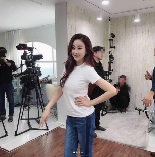 咸素媛短短一个月恢复产前身材。