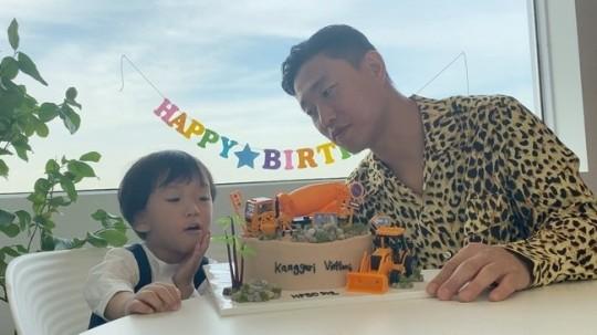 韩星Gary为儿子庆祝生日捐款 资助经济困难人士