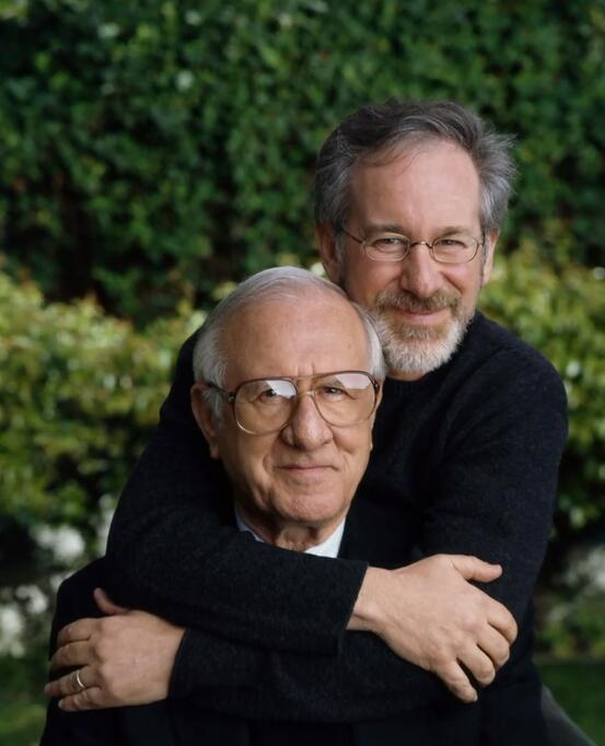 名导斯皮尔伯格父亲去世 享年103岁