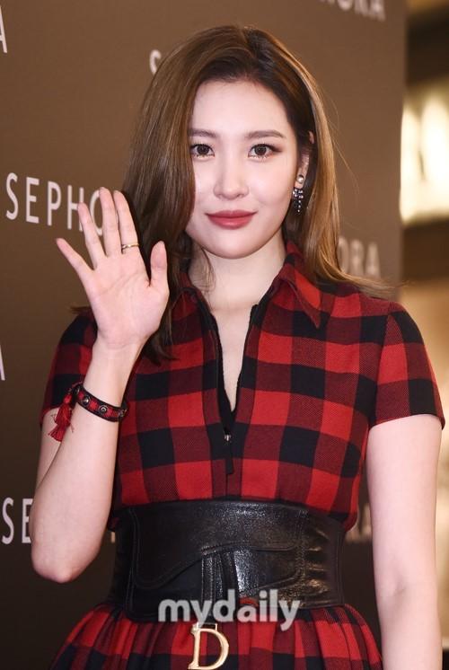 韩国女歌手宣美