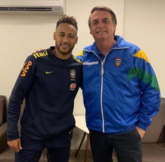 巴西總統與內馬爾。
