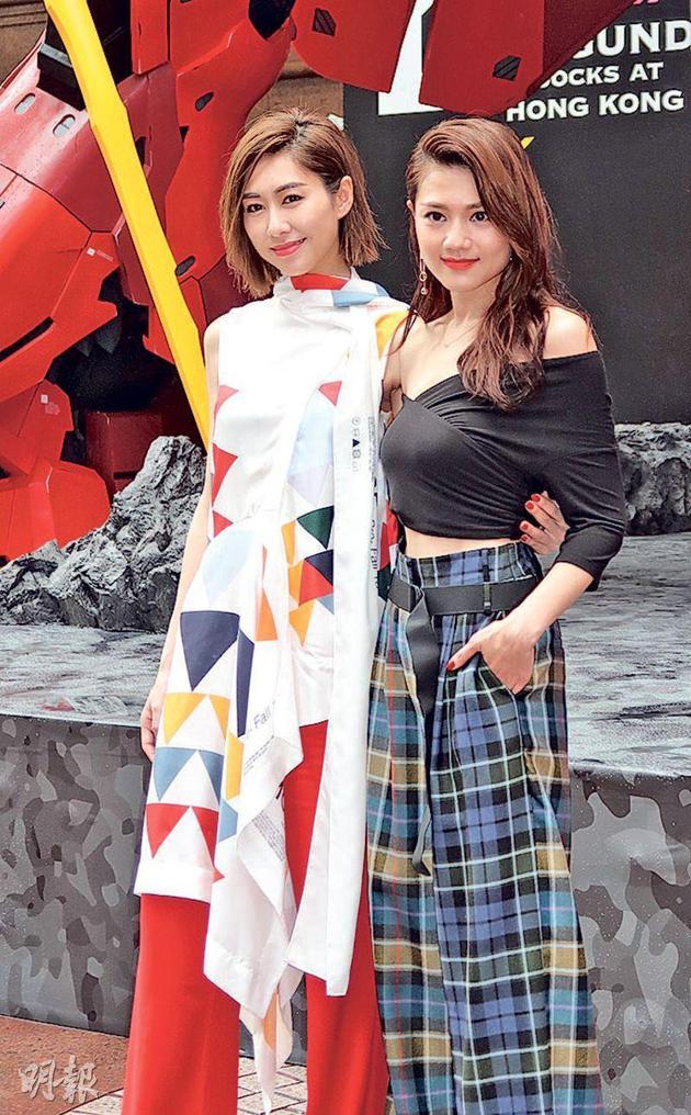胡定欣(左)与周秀娜(右)拍《深宫计》成为好友。