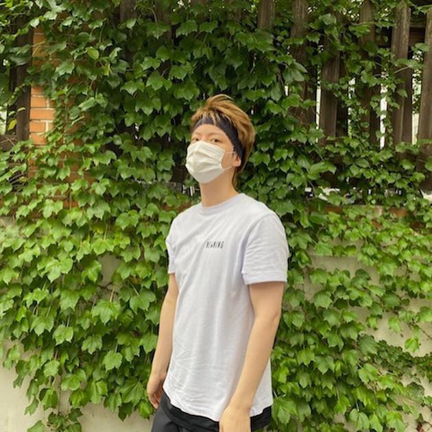 安宰贤离婚清空社交网站后首更新