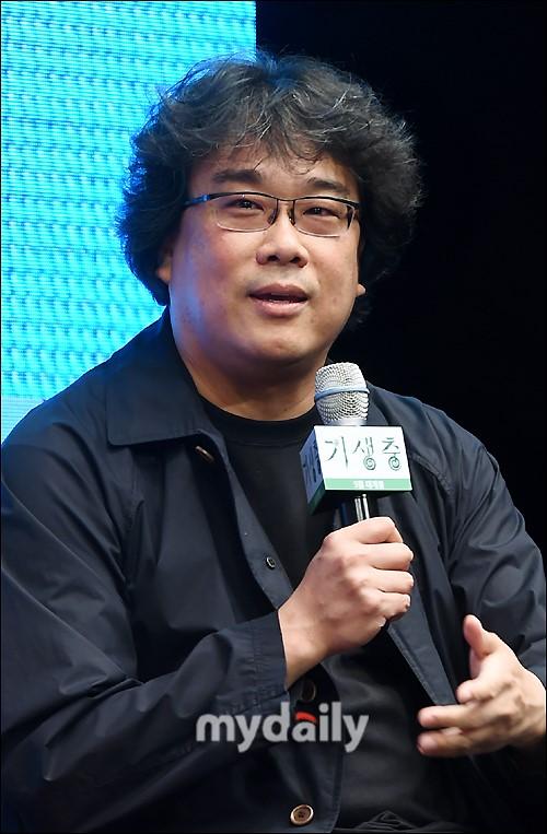 美国将翻拍韩国电影《海雾》 奉俊昊担任制片人