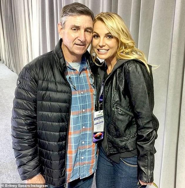 布兰妮和父亲杰米