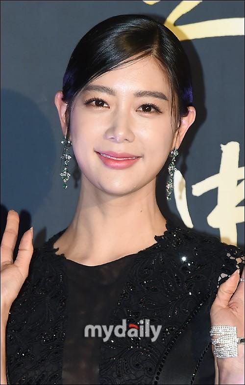 韓國女藝人Clara週末美國舉行婚禮