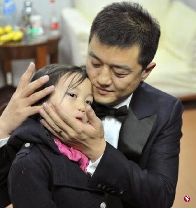 李亚鹏与前妻王菲所生女儿李嫣。