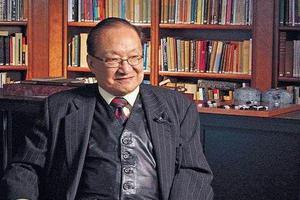 在促进两岸三地影视文化发展的同时,金庸也极大地推动了中国的版权保护。