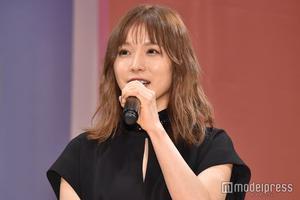 松冈茉优出席电影活动 对松坂桃李赞不绝口