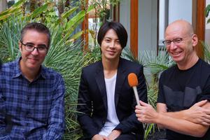 山下智久在西班牙接受采访 得到合作演员称赞