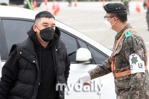 胜利首次接受军事法庭审判 面临8项犯罪嫌疑指控