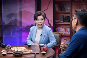 《圆桌派》第五季重磅回归 邓亚萍谈乒乓奥运风云