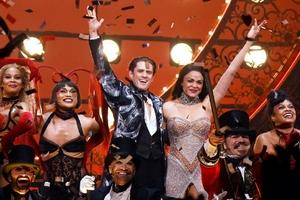 第74届托尼奖颁发 疫情之下《红磨坊》成最大赢家