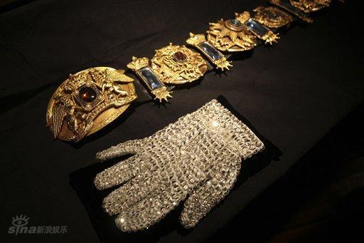 邁克爾·傑克遜的水晶手套