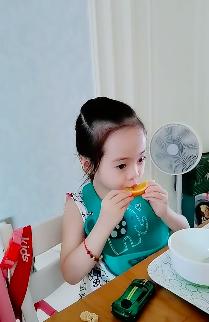 杨威杨云女儿