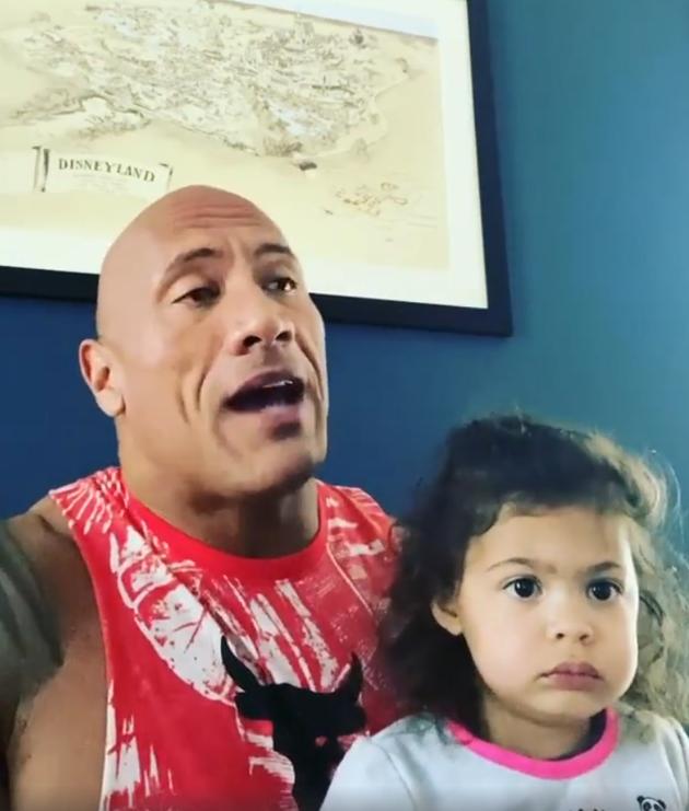 巨石强森与女儿