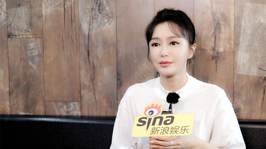 秦岚自曝没人找自己拍爱情戏 曾拒绝上《乘风破浪的姐姐》