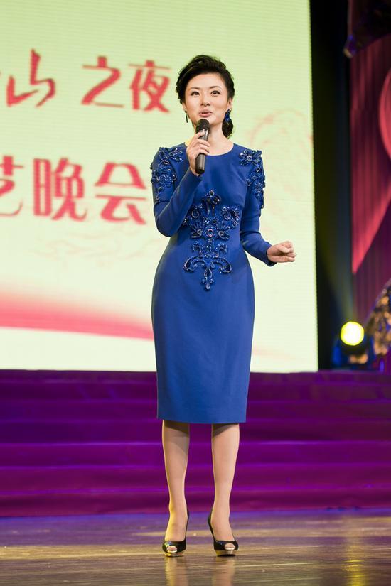 周涛辞职央视后 登话剧舞台表演