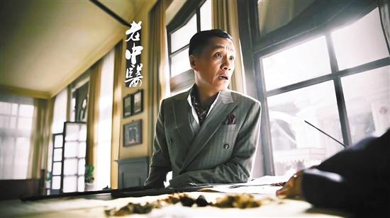 冯远征饰演的赵闵堂是一位西派上海名医