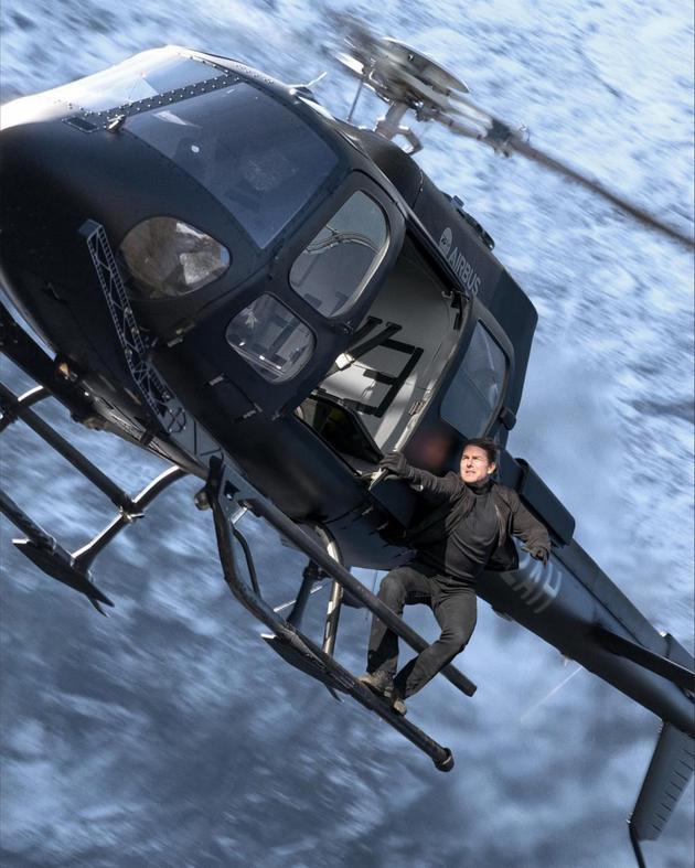 《碟6》的高跳低开、直升机追逐