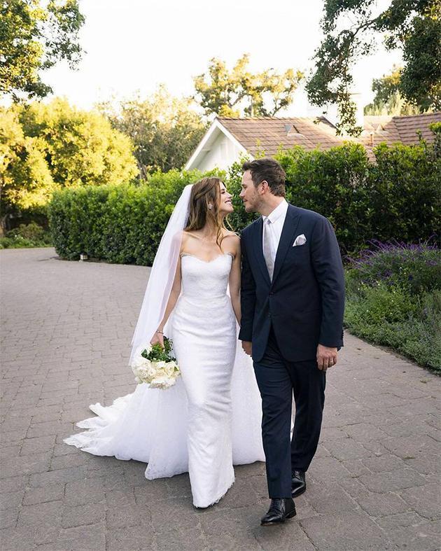 星爵與凱瑟琳的第一張婚紗照