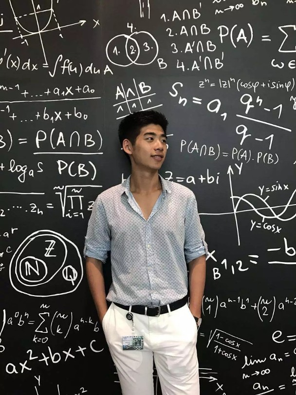 """辛奇隆2016年成功考入哈佛大學,當時更被當地媒體指爲""""哈爾濱之光"""""""